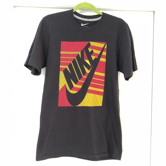 Nike Shirts | Nike Regular Fit Mens